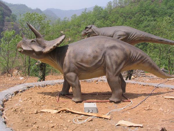 精品灯组 门牌灯组 瓷器灯组 彩车彩船 制作现场 仿真动物 仿真恐龙